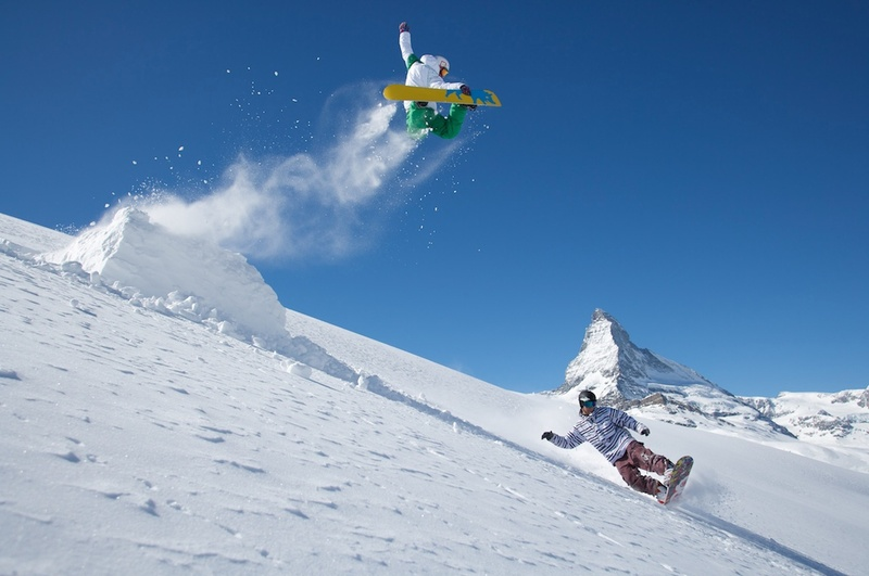 Adventure sports to do in switzerland this winter go seek explore if youre an avid skier or snowboarder then you must not pass up the opportunity to do so on matterhorn while on the swiss alps publicscrutiny Gallery